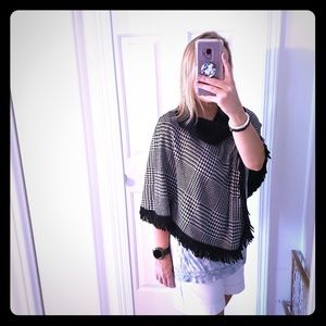 Women's Medium Poncho